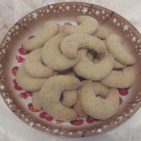 Adventkränzchen: Herrlich vanillige Vanillekipferl ;)